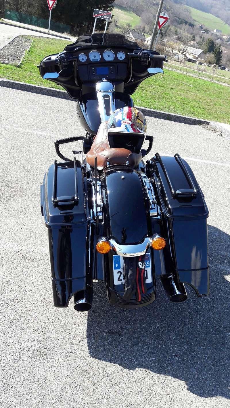 combien de STREET GLIDE  sur le forum Passion-Harley - Page 12 20170312