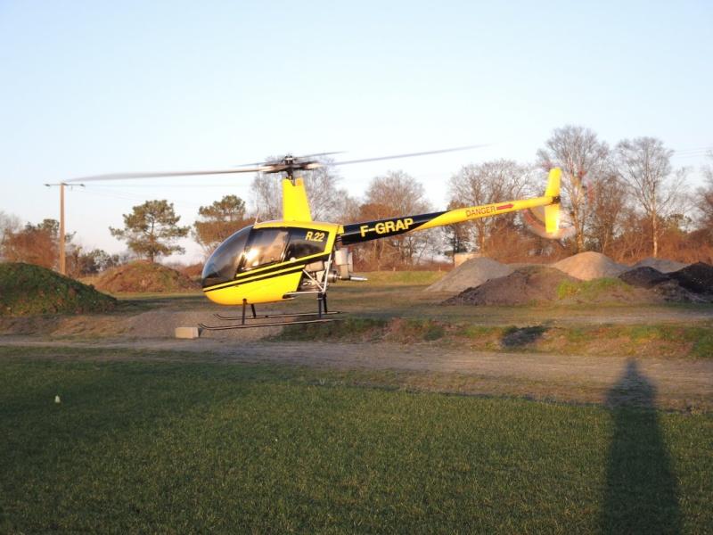 Robinson R22 Dscn1219