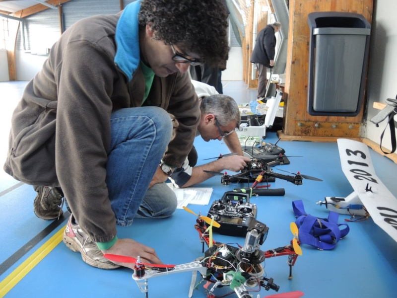 Drônes de vols indoor ( la Motte ) Dscn1236