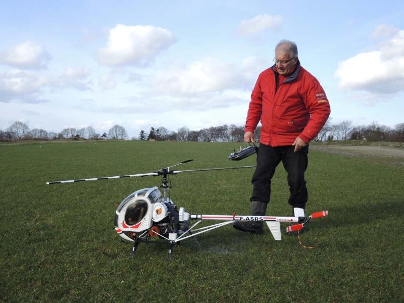 Vol hélico Schweizer 300 kit Vario Pilote P Rabasté Dscn1410