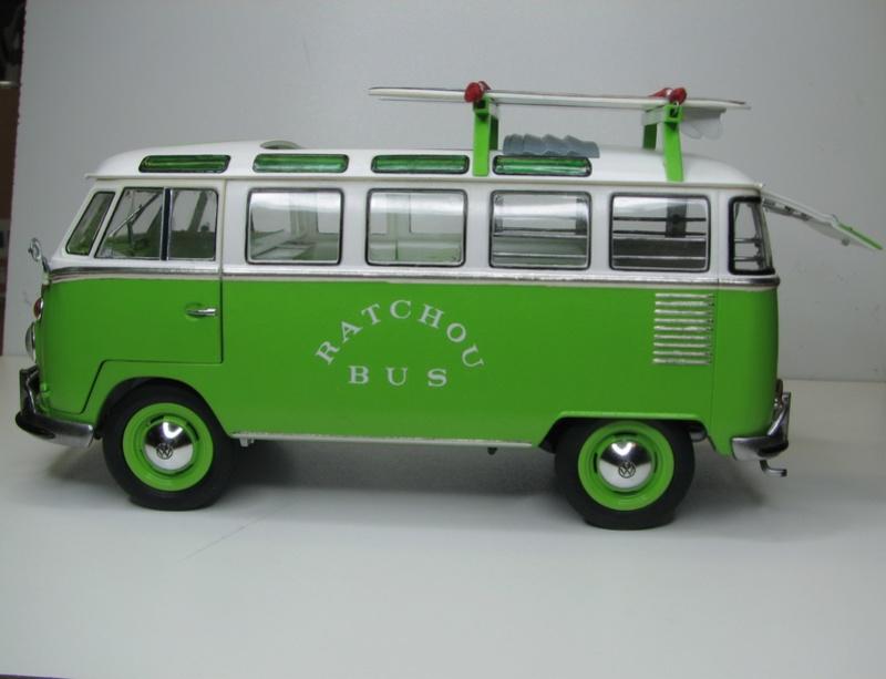 VOLKSWAGEN SAMBA BUS 1962 de Revell kit # 07399 Volksw37