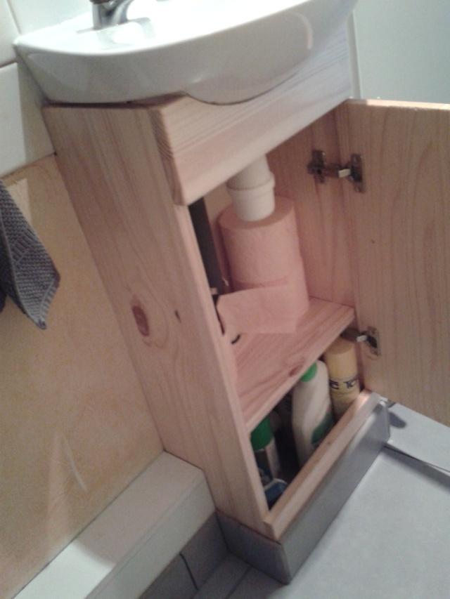 comment cacher la tuyauterie des wc? 20131212