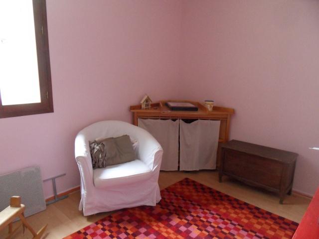 Une chambre à refaire ! nouvelles photos p.10 - Page 9 Sdc12724