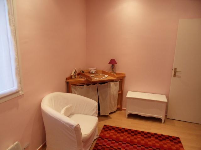 Une chambre à refaire ! nouvelles photos p.10 - Page 9 Sdc12819