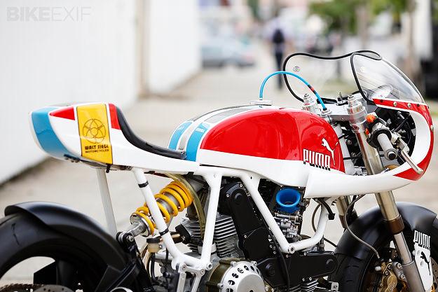 Cadre blanc Ducati10