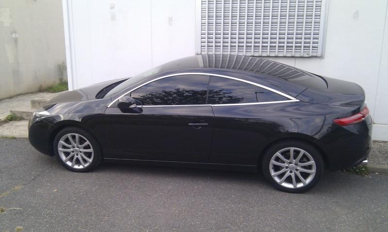 [audison] Laguna III.1 coupé Black édition 2.0 dci 150 - Page 11 Imag0813