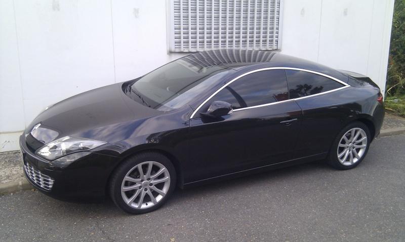 [audison] Laguna III.1 coupé Black édition 2.0 dci 150 - Page 11 Imag0814