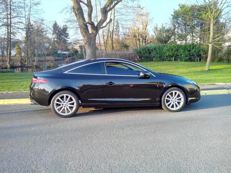 [audison] Laguna III.1 coupé Black édition 2.0 dci 150 - Page 14 Img_2026