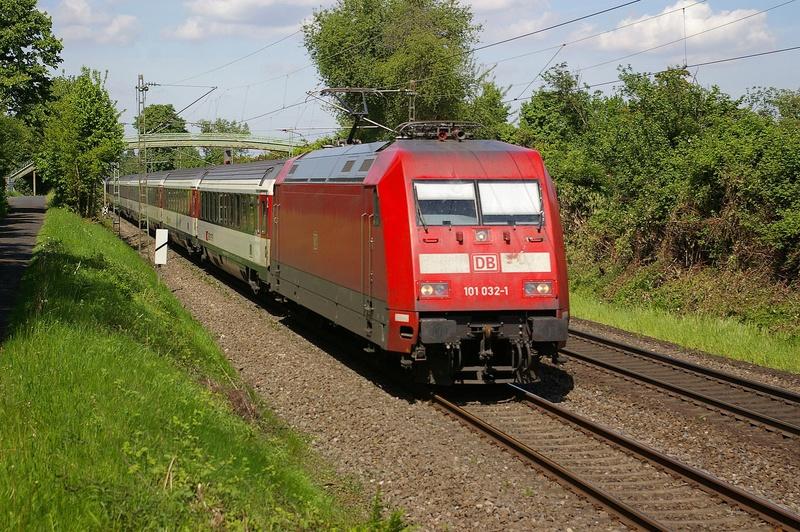 Was die Züge so bewegt ... - Seite 7 101_0310