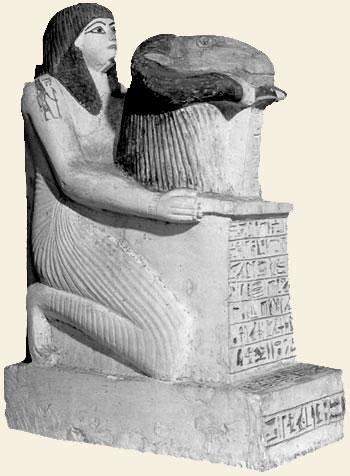 Les prêtres en Egypte ancienne Statue10