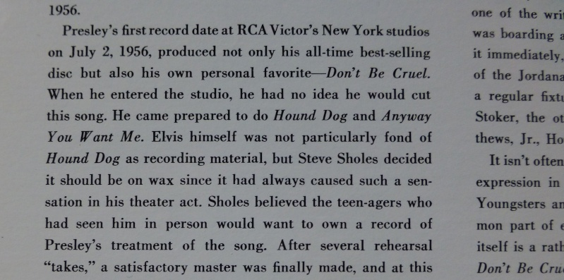 ELVIS' GOLD RECORDS  1bb11