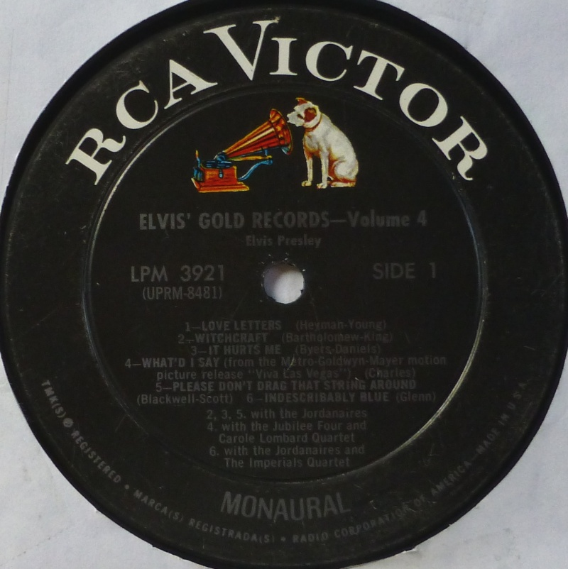 ELVIS' GOLD RECORDS VOL 4 P1000431