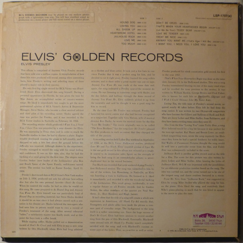 ELVIS' GOLD RECORDS  P1000510
