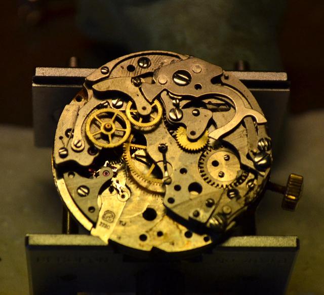 dérouillage chrono Lip Valjoux 7730 Dsc_0332