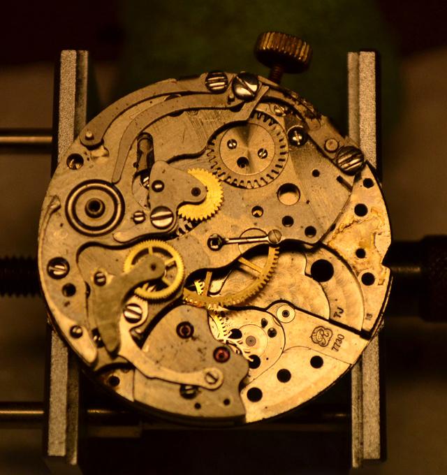 dérouillage chrono Lip Valjoux 7730 Dsc_0336