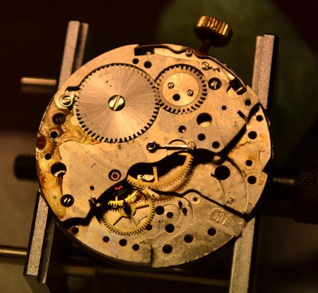 dérouillage chrono Lip Valjoux 7730 Dsc_0342