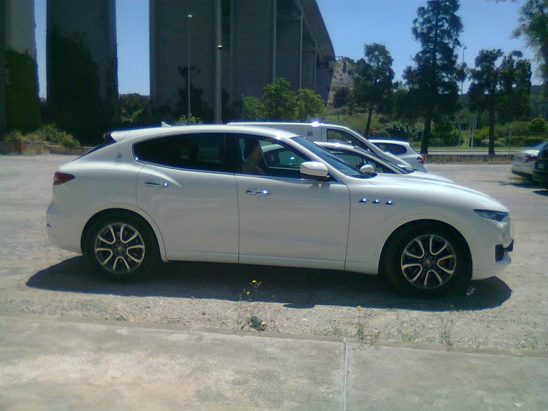 Maserati Levante Photo012
