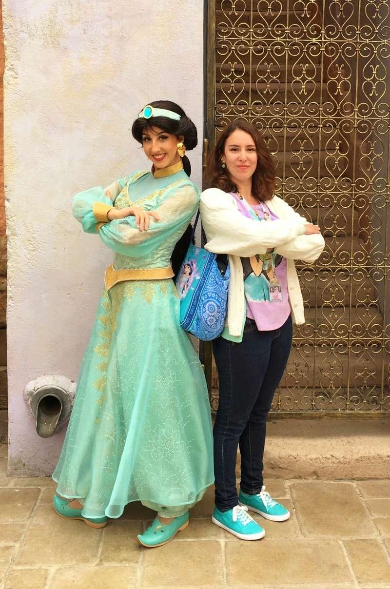 Vos photos avec les Personnages Disney - Page 38 Jasmin10