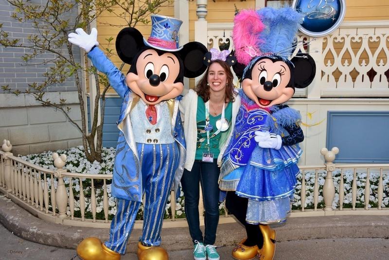 Vos photos avec les Personnages Disney - Page 38 Minnie10
