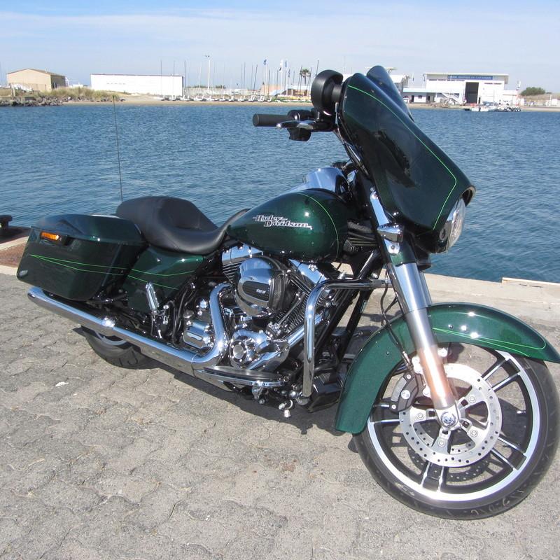combien de STREET GLIDE  sur le forum Passion-Harley - Page 11 Img_0213
