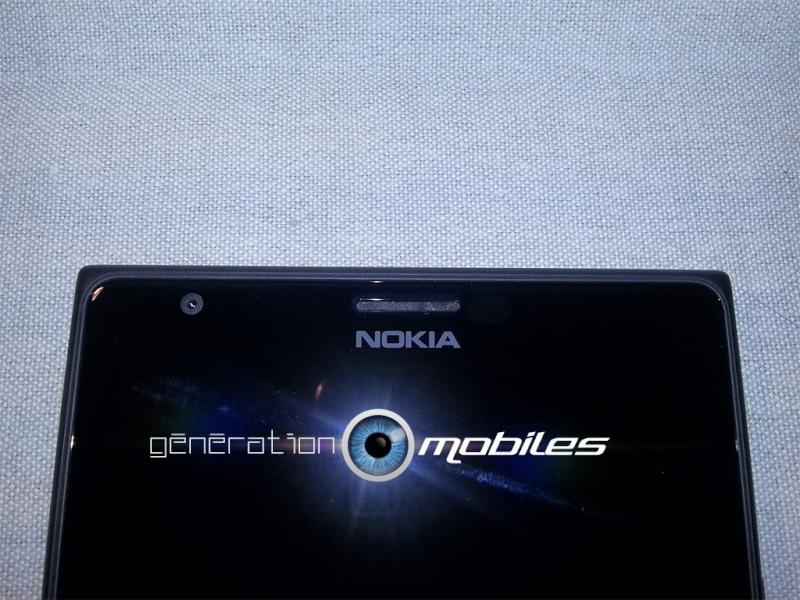 [INFO] Présentation du Lumia 1520, comparatif avec le 925 Img0215