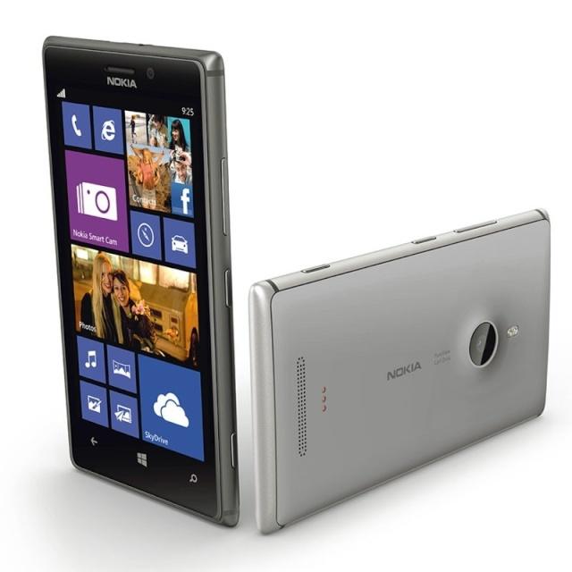 [WINDOWS PHONE] Le lumia 925 téléphone officiel de la CaixaBank Nokia-12