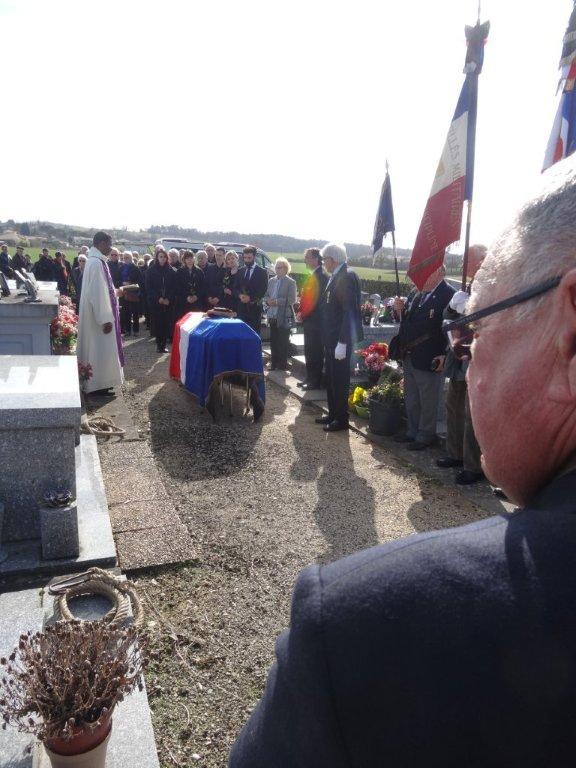 _ Décès du chef de bataillon Serge Fantinel Dsc01110