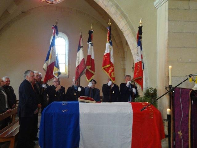 _ Décès du chef de bataillon Serge Fantinel Dsc01113