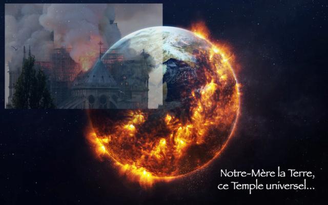 """De """"Notre-Dame"""" de Paris à """"Notre-Mère"""" la Terre 1690"""