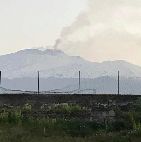 Le spettacolari immagini dell'Etna - Eruzione del 27 - 28 Febbraio 2017 Scherm14