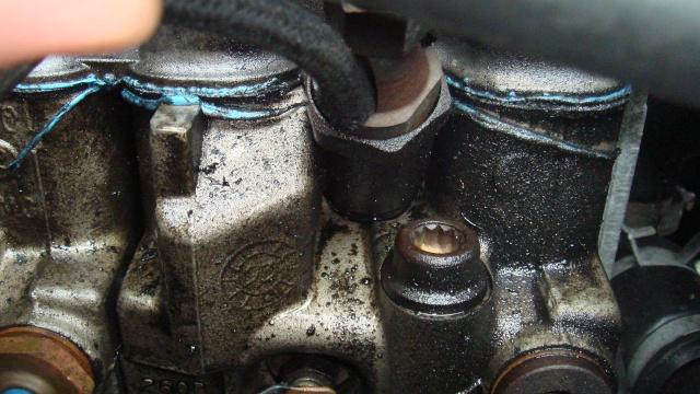 fuite d'huile à une tete d'injection GV S2 1993 Fuite_11