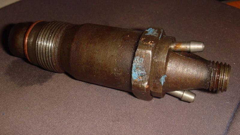 fuite d'huile à une tete d'injection GV S2 1993 Inject13