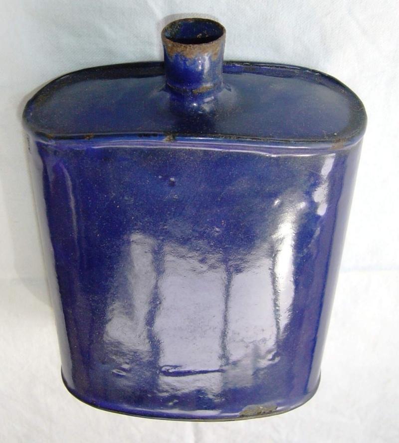 Distinguishing Cobalt Blue Mk VI and Mk VII Water-Bottles 00810