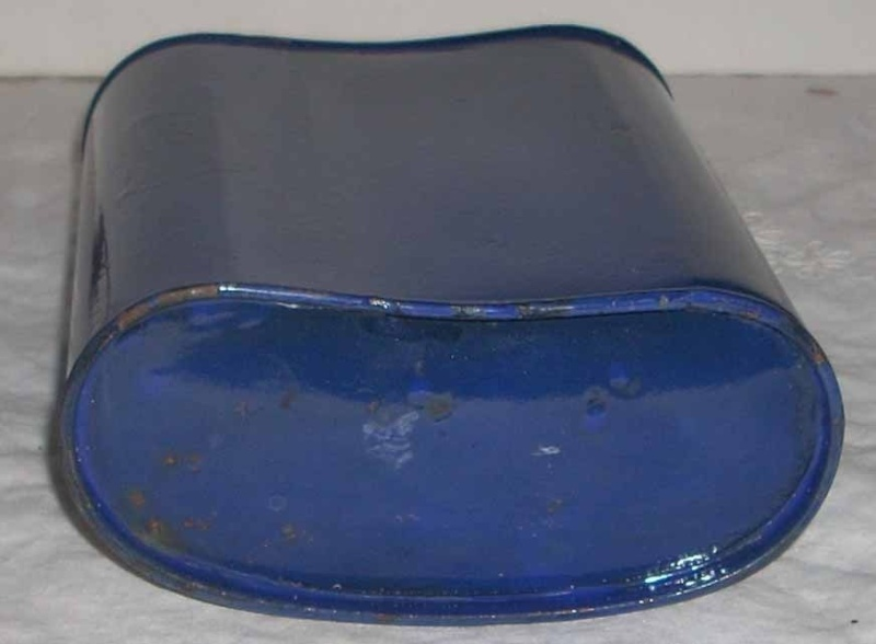 Distinguishing Cobalt Blue Mk VI and Mk VII Water-Bottles 01210