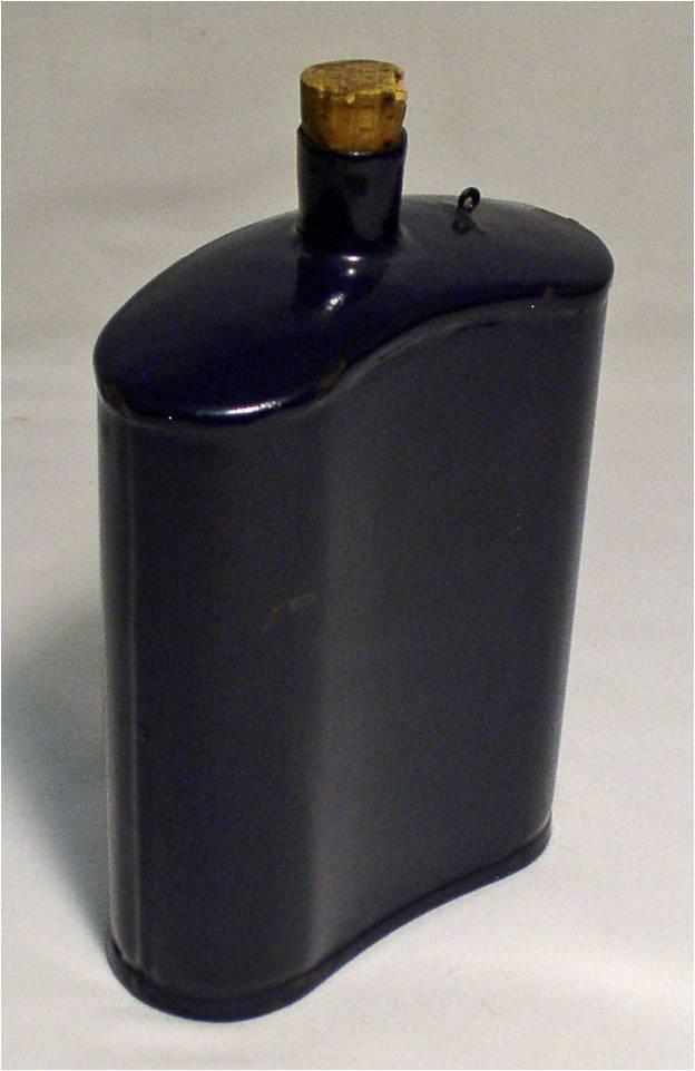 Distinguishing Cobalt Blue Mk VI and Mk VII Water-Bottles 01610