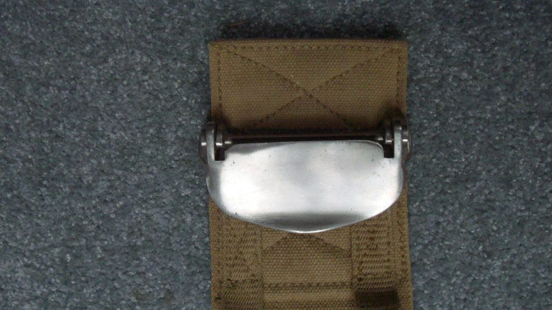 Can anybody identify this 1942 Canadian Parachute/Aircraft Belt? Dsc08313