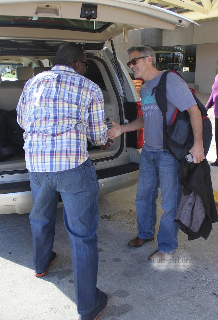 Photos: George Clooney arriving at  Orlando Airport  George22
