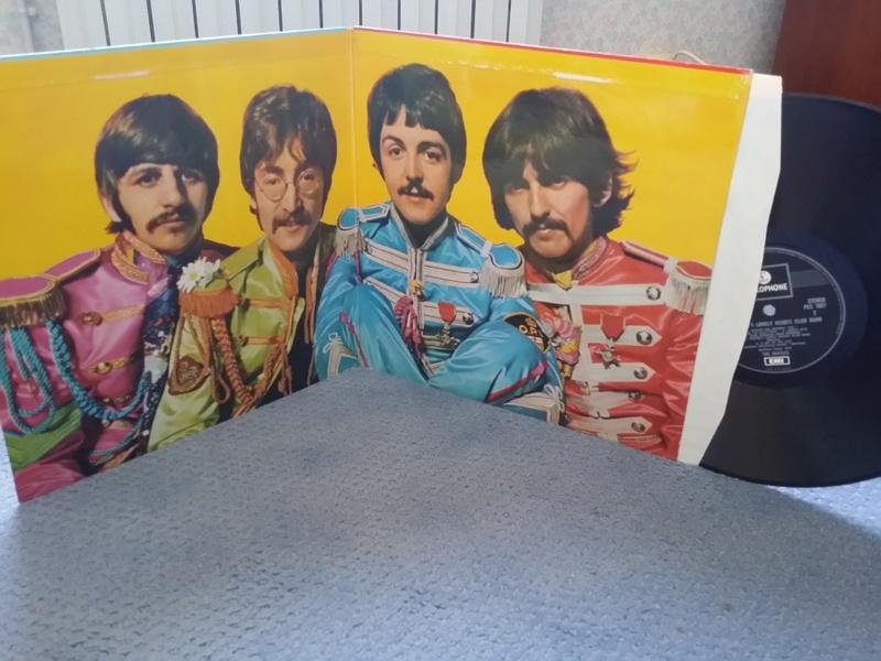 Sgt Pepper's, 50 ans déjà. Rétrospective Beatles ! Sgt_pe10