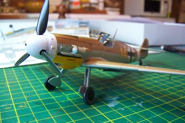 """Bf 109 G2"""" le dernier vol 30/09/1942 """"  """"der Stern von Afrika"""" Hasegawa 1/48( FINI ) - Page 2 493110"""