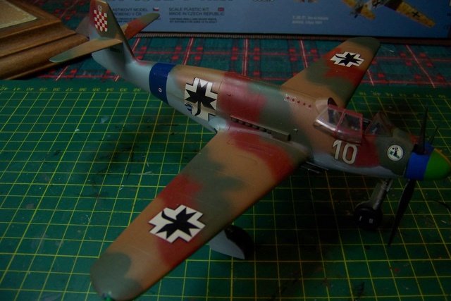 Me 509 Trumpeter 1/48 - Page 2 718610