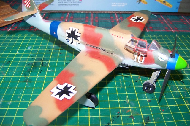 Me 509 Trumpeter 1/48 - Page 2 719610