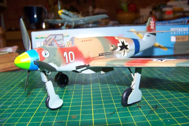 Me 509 Trumpeter 1/48 - Page 2 722610