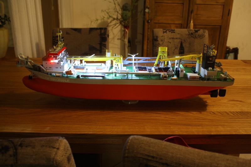 WILLEM VAN ORANJE, Saugbaggerschiff der Niederlande - Seite 15 Img_0103