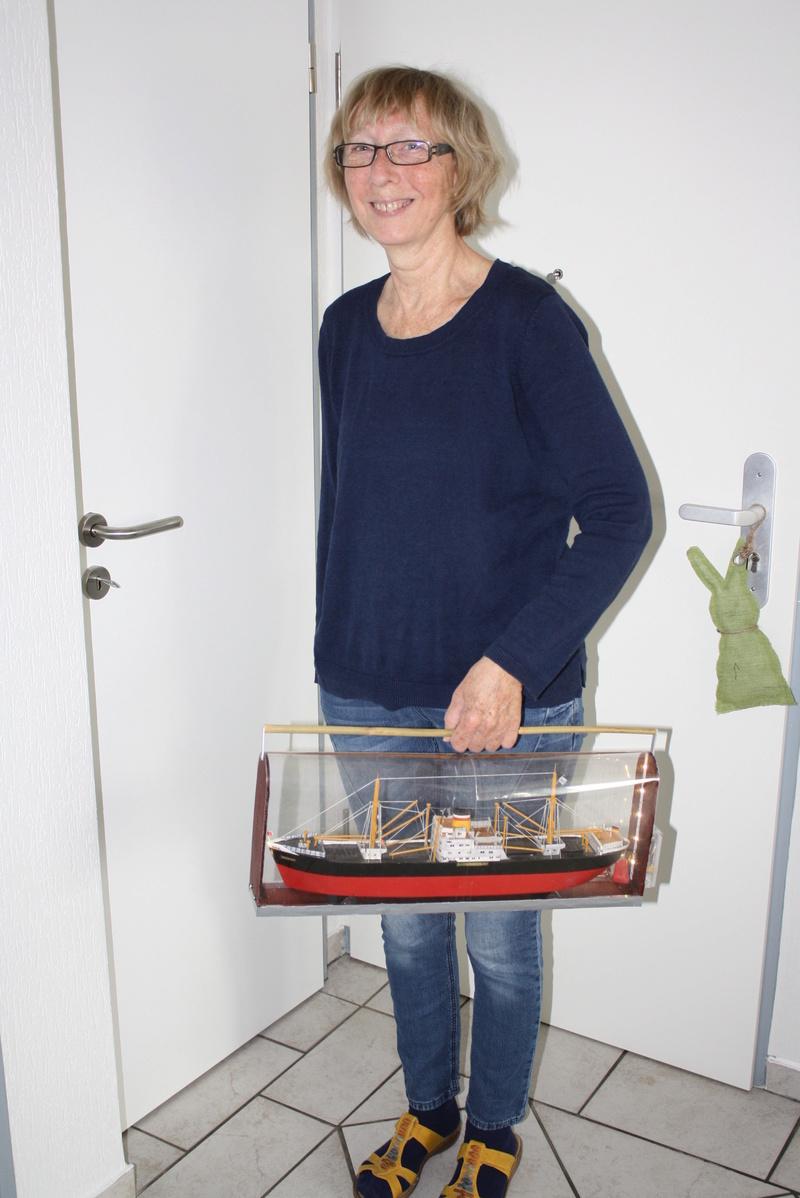Binnenschiff BARGE / Schreiber 1:100 als RC-Modell Img_0118
