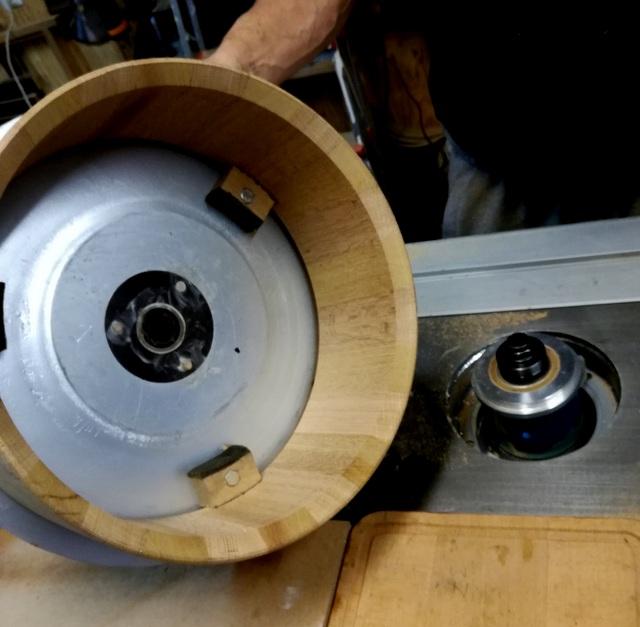 Réalisation de futs de batterie en bois tourné - Page 9 Img_2025