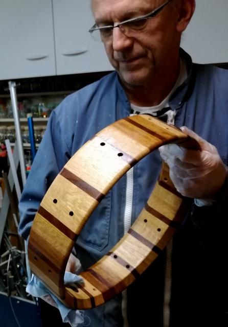 Réalisation de futs de batterie en bois tourné - Page 9 Img_2026