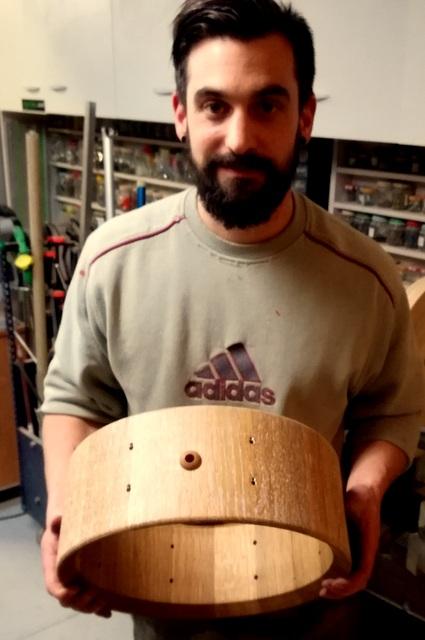 Réalisation de futs de batterie en bois tourné - Page 9 Img_2028
