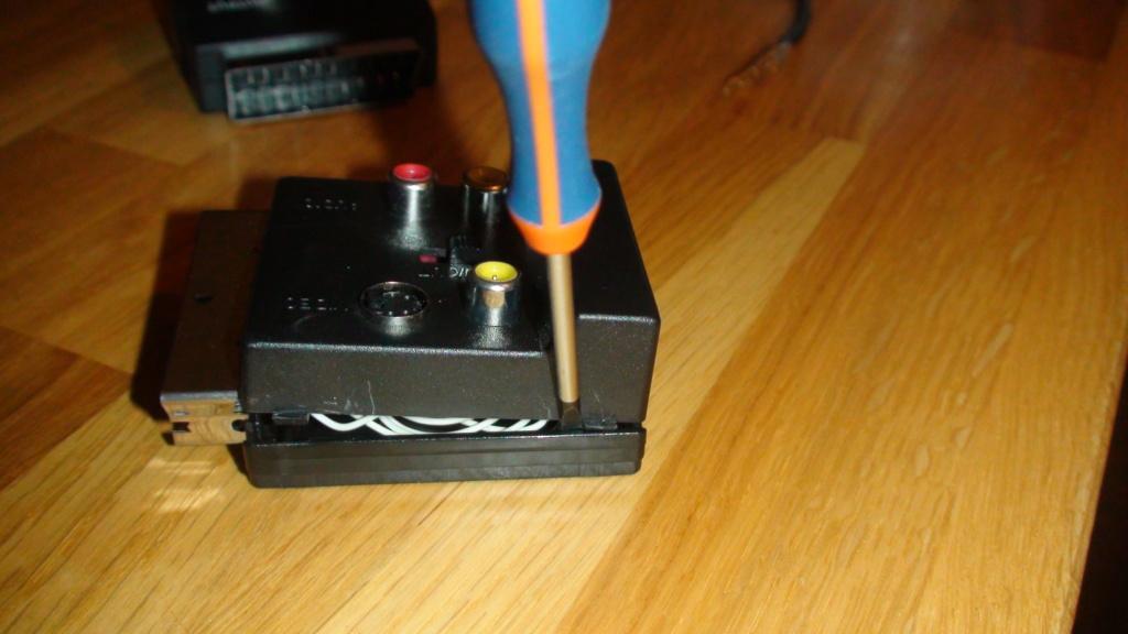(PVM)(9L2) cable scart/BNC RGB Dsc05424