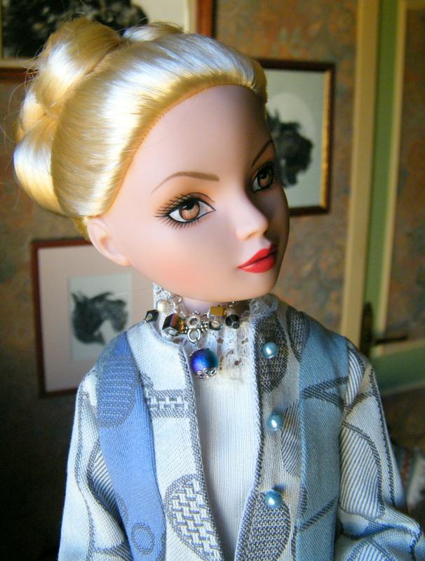 Mes poupées Ellowyne Wilde. De nouvelles photos postées régulièrement. - Page 7 00323
