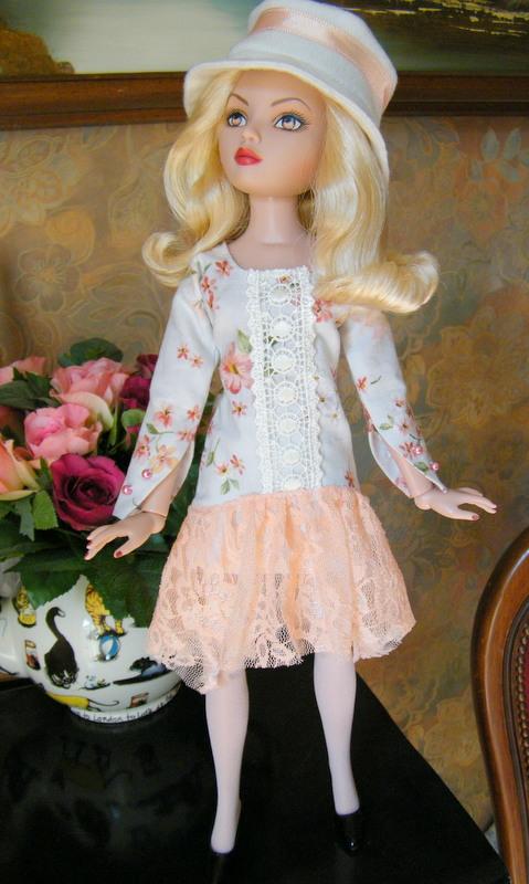 Mes poupées Ellowyne Wilde. De nouvelles photos postées régulièrement. - Page 5 02210